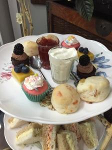 Dessert anyone? Mmm!